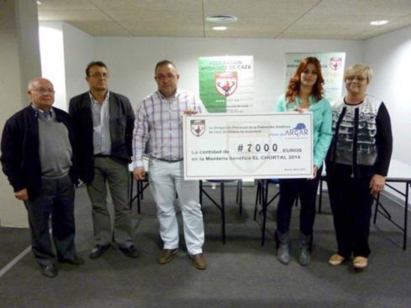 Cazadores federados de Almería, con la colaboración de Mutuasport, recaudan 7.000 euros para familias de niños con cáncer